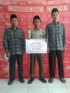 M. Ashim Alfa Birri Juara 3 Olimpiade Fisika Se Jawa
